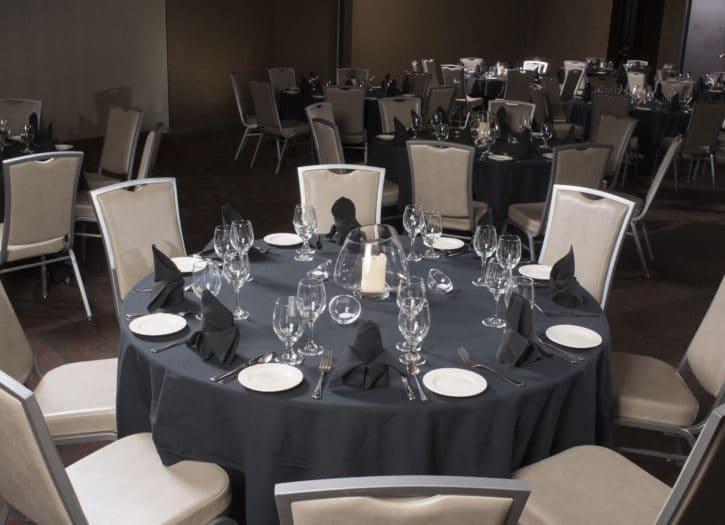 katy ballroom table setting The Broadway Hotel